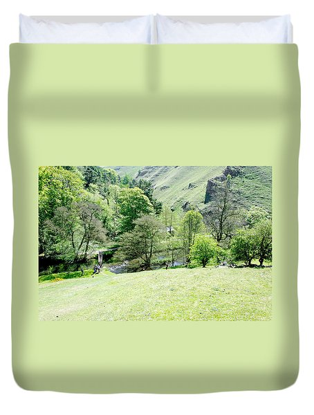 Wolfscote Dale From Gipsy Bank Duvet Cover by Rod Johnson