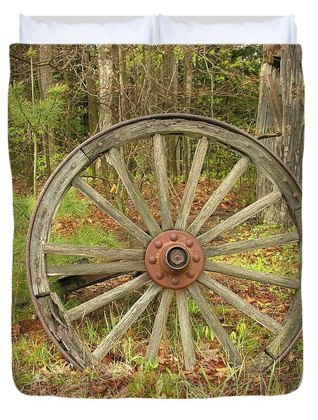 Duvet Cover featuring the photograph Wood Spoked Wheel by Sherman Perry