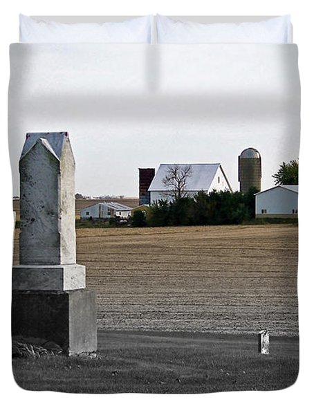 Ye Olde Farmstead Duvet Cover by Sue Stefanowicz