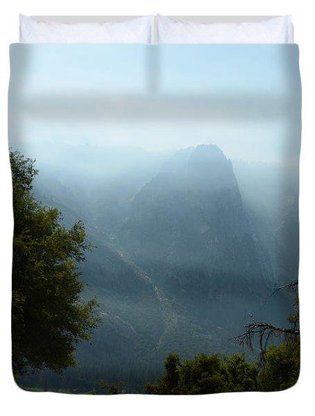 Yosemite Falls Hike Duvet Cover