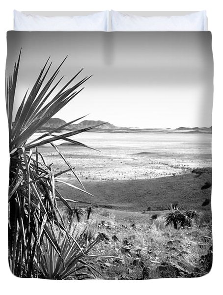 Yucca With A View Duvet Cover