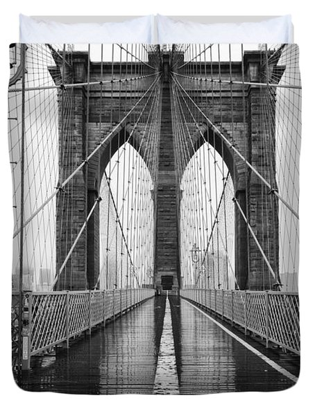 Brooklyn Bridge And Rain Duvet Cover