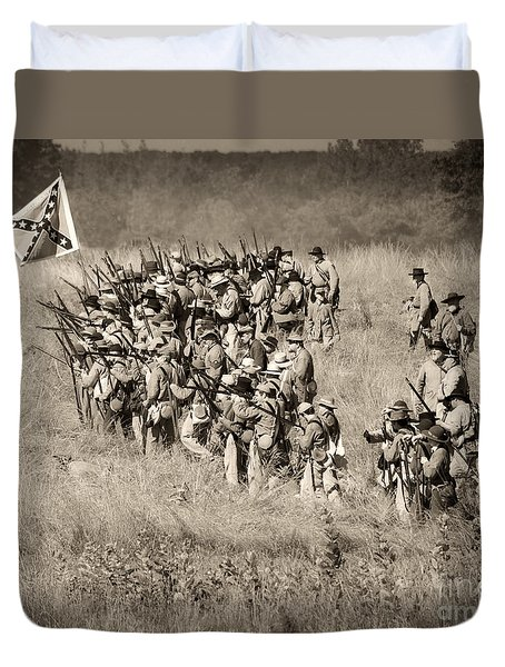 Gettysburg Confederate Infantry 9015s Duvet Cover