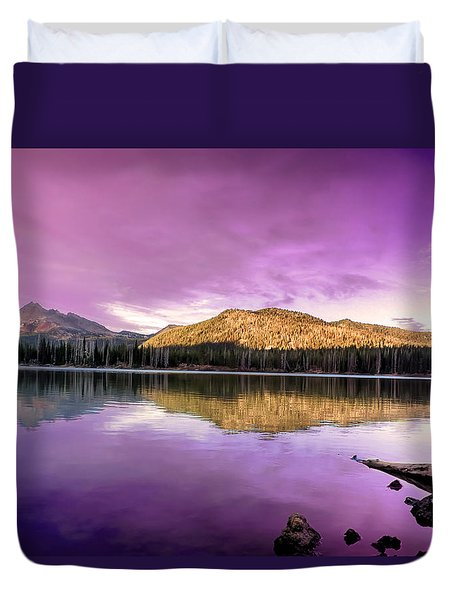 Reflections On Sparks Lake Duvet Cover