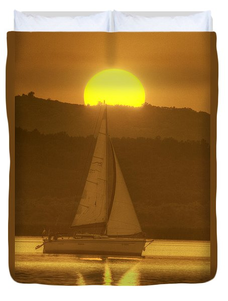 Duvet Cover featuring the photograph  Sailing Into The Sunset by Odon Czintos