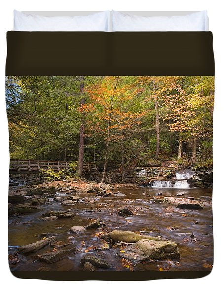 Watching The Waters Meet Duvet Cover by Gene Walls