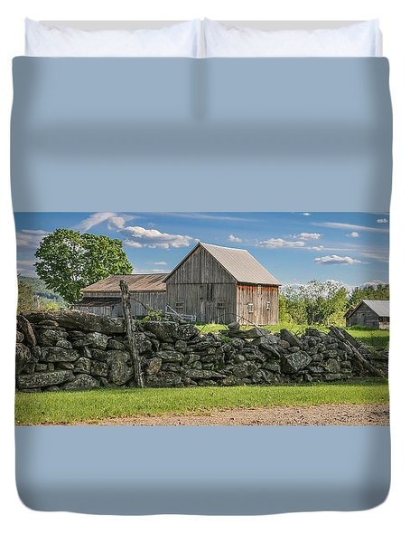 #0079 - Robert's Barn, New Hampshire Duvet Cover