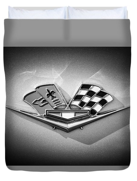 Duvet Cover featuring the photograph 1964 Chevrolet Corvette Sting Ray Gm Styling Coupe Side Emblem -0153c by Jill Reger