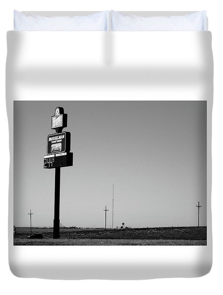 Duvet Cover featuring the photograph American Interstate - Kansas I-70 Bw 4 by Frank Romeo