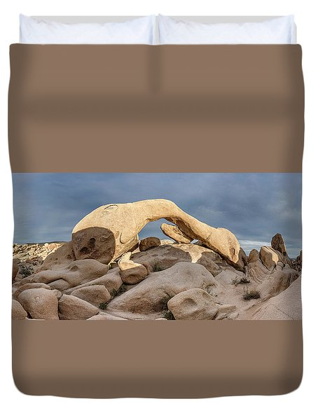 Arch Rock Panorama In Joshua Tree Duvet Cover by Joe Belanger