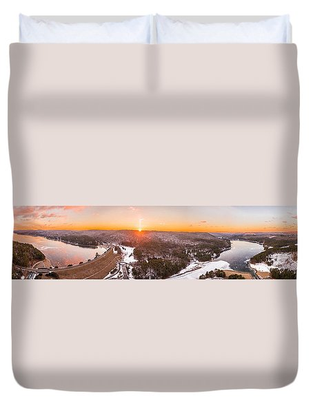Barkhamsted Reservoir And Saville Dam In Connecticut, Sunrise Panorama Duvet Cover