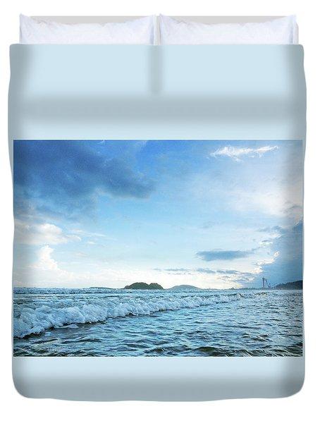 Binh Hai Beach, Quang Ngai Duvet Cover