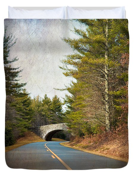 Duvet Cover featuring the photograph Blue Ridge Parkway by Ray Devlin
