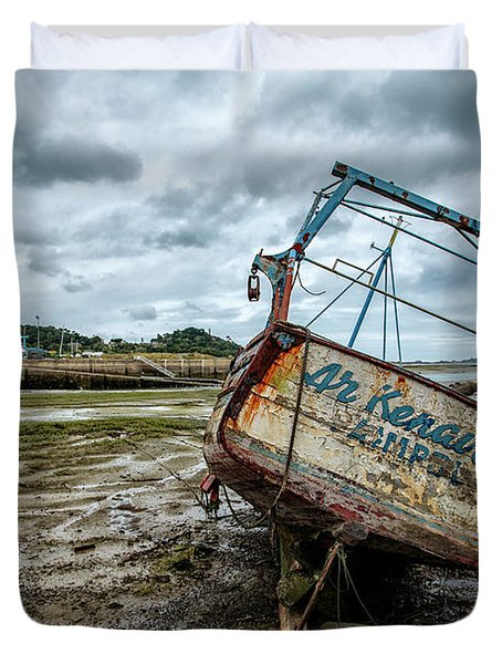Boats By The Sea Duvet Cover