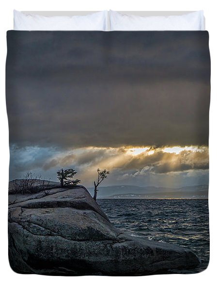 Breaking Light Duvet Cover