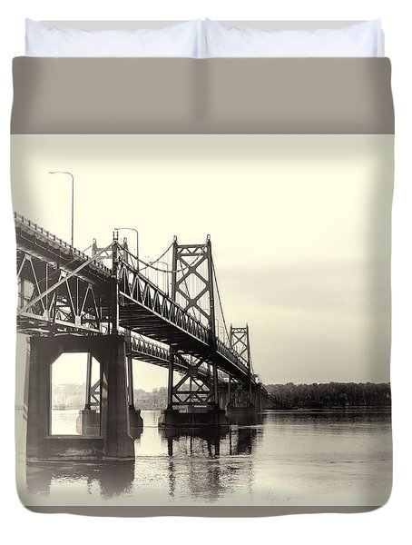 Bridge Across The Mississippi  Duvet Cover by Cathy Anderson
