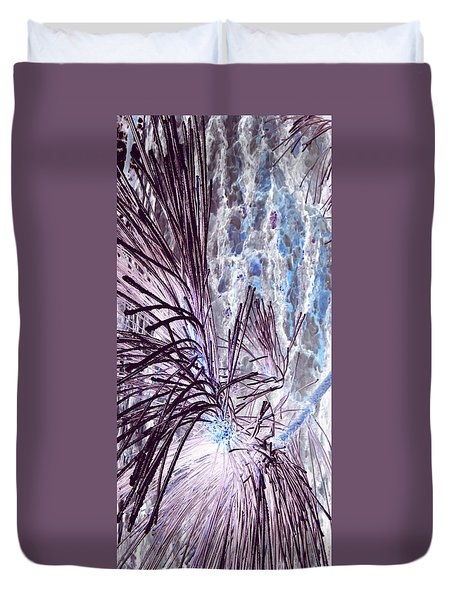 Duvet Cover featuring the photograph Burst by Jamie Lynn