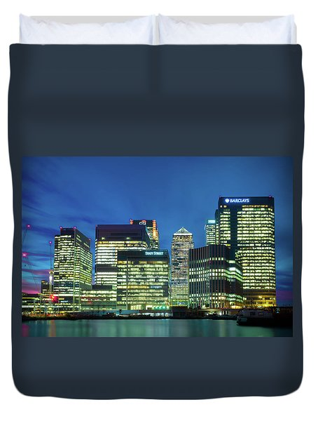 Duvet Cover featuring the photograph Canary Wharf by Stewart Marsden