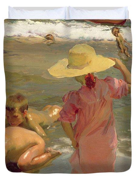 Children On The Seashore Duvet Cover by Joaquin Sorolla y Bastida