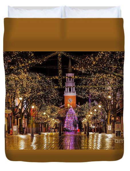 Christmas Time On Church Street. Duvet Cover