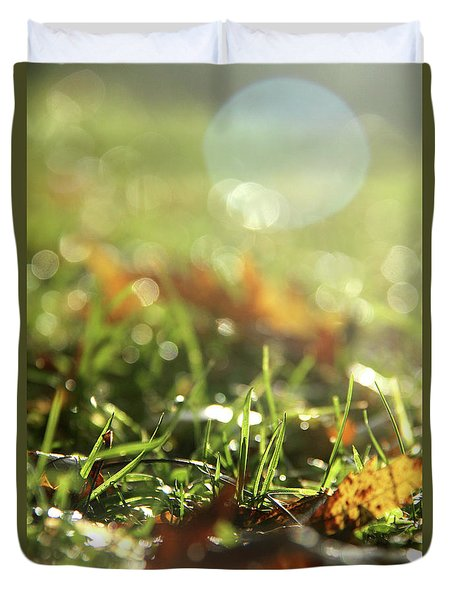 Close-up Of Dry Leaves On Grass, In A Sunny, Humid Autumn Morning Duvet Cover