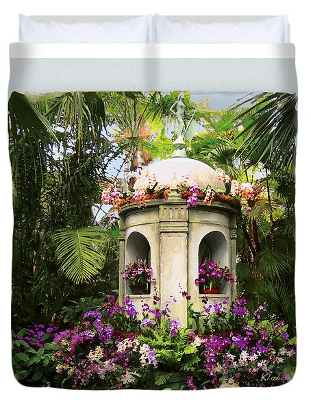 Cuban Orchid Show Duvet Cover