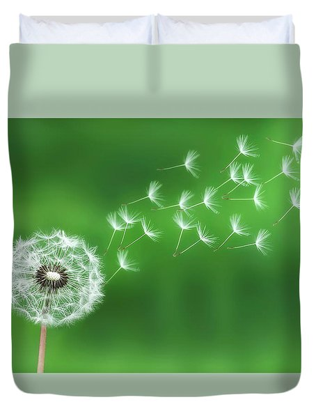 Dandelion Seeds Duvet Cover