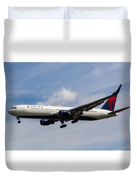 Delta Airlines Boeing 767 Duvet Cover