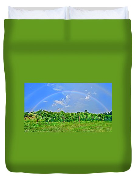 Double Rainbow Vineyard, Smith Mountain Lake Duvet Cover