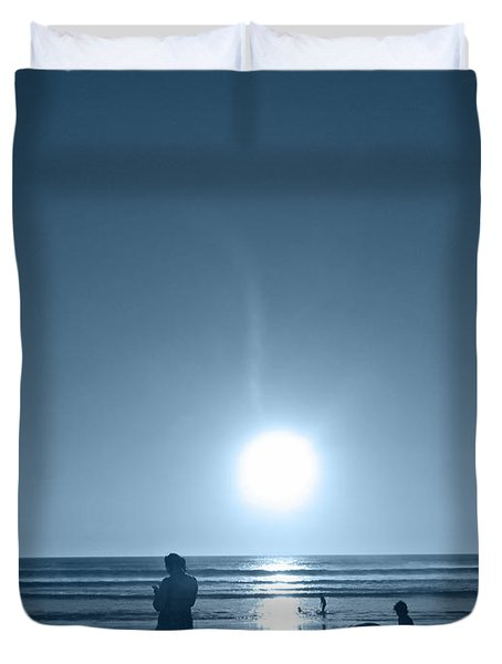 Duvet Cover featuring the photograph Falling Moon  by Beto Machado
