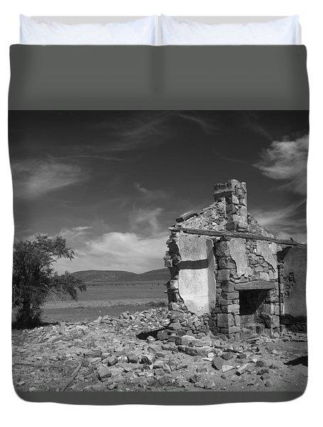 Farmhouse Cottage Ruin Flinders Ranges South Australia Duvet Cover