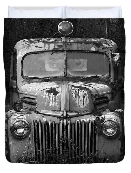Fire Truck Duvet Cover by Ron Jones