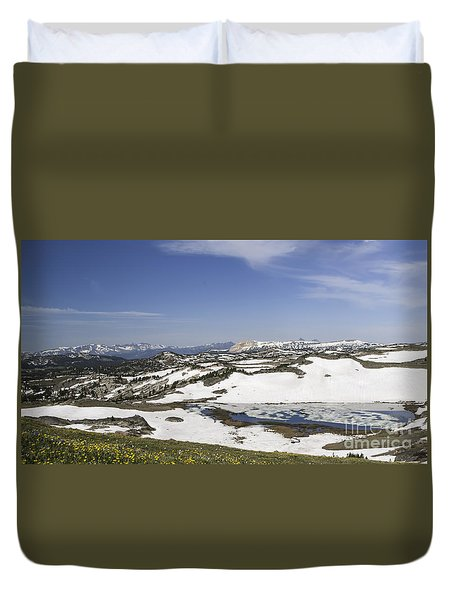 Frozen Lake  Beartooth Highway Duvet Cover