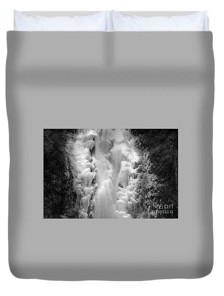 Frozen Multnomah Falls Duvet Cover