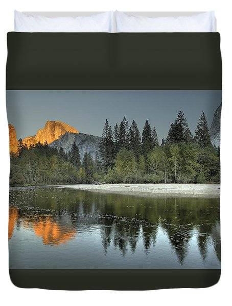 Glorious Glow Duvet Cover