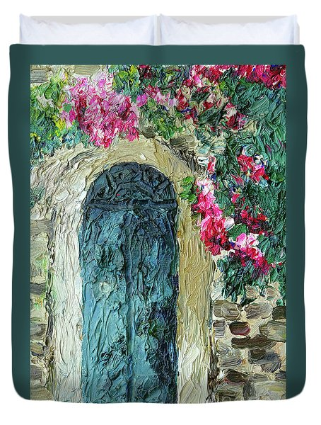 Green Italian Door With Flowers Duvet Cover
