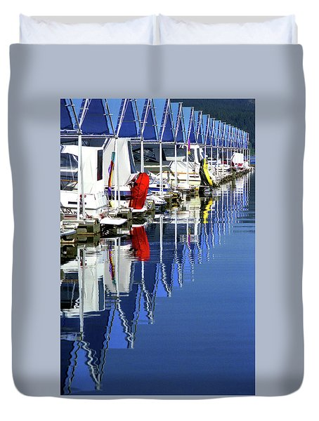 Duvet Cover featuring the photograph Harbor by Emanuel Tanjala