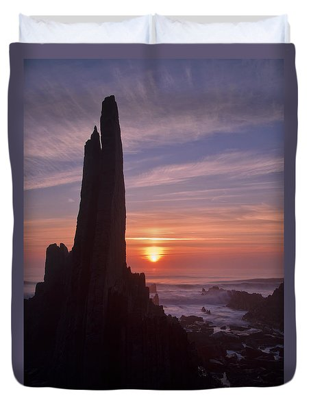 Hartland Seascape From The West Coast Of Devon Duvet Cover