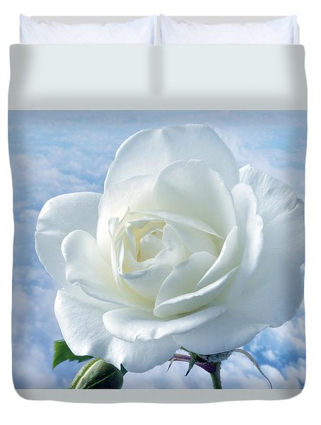 Heavenly White Rose. Duvet Cover