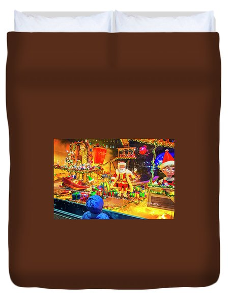 Holiday Widow Display In New York Duvet Cover