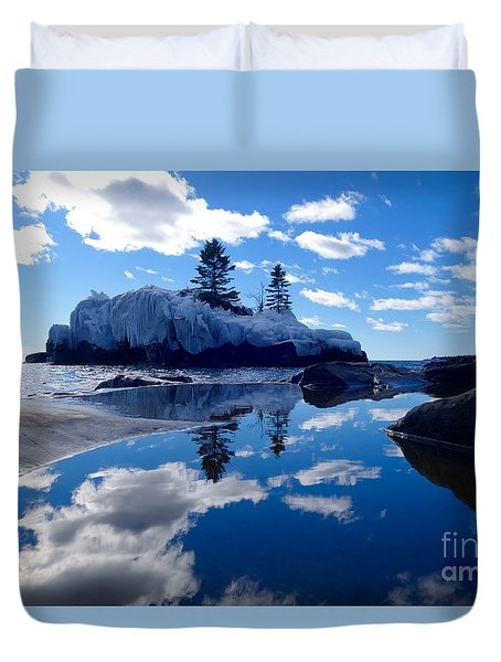 Hollow Rock Reflections Duvet Cover