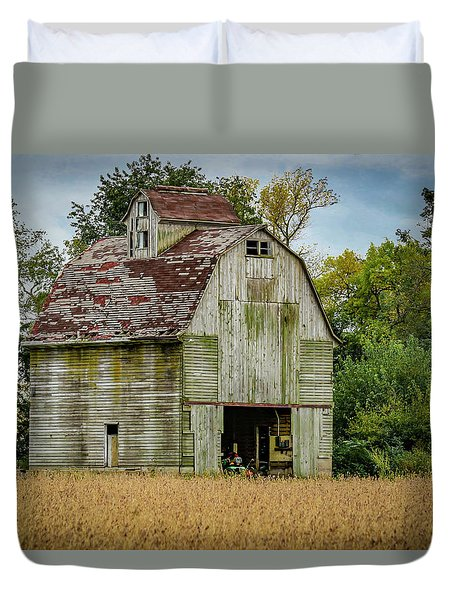 Iowa Barn Duvet Cover