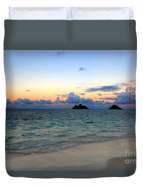 Island Romance Duvet Cover by Kelly Wade