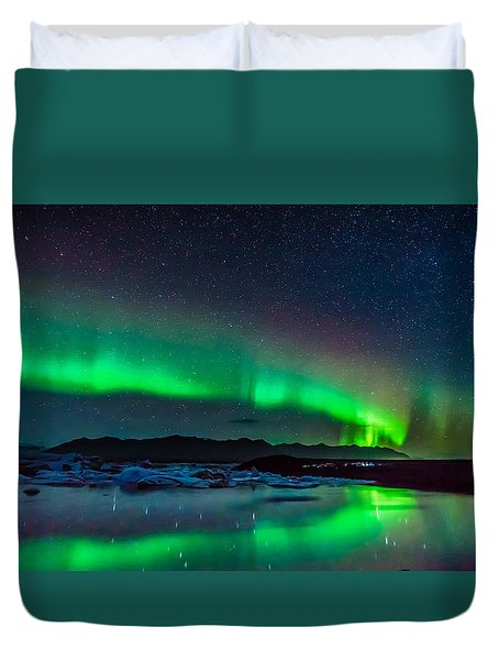 Duvet Cover featuring the photograph Jokulsarlon Aurora by James Billings