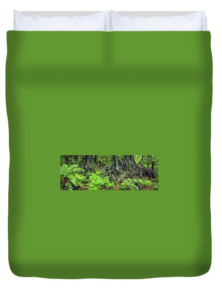 Duvet Cover featuring the photograph Jungle Roots by Les Cunliffe