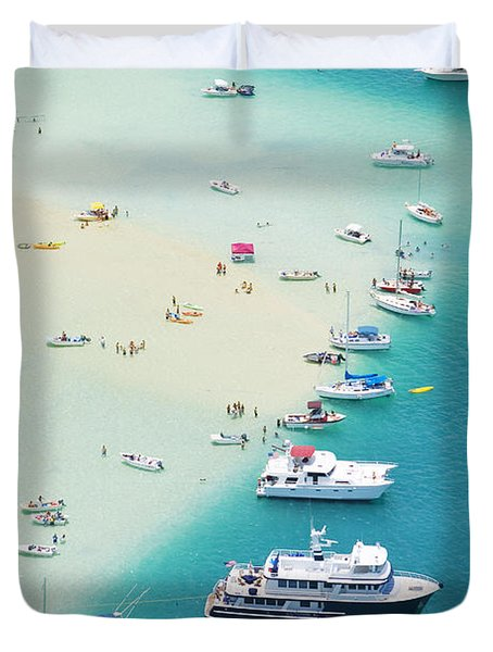 Kaneohe Bay, Boats Duvet Cover by Ron Dahlquist - Printscapes