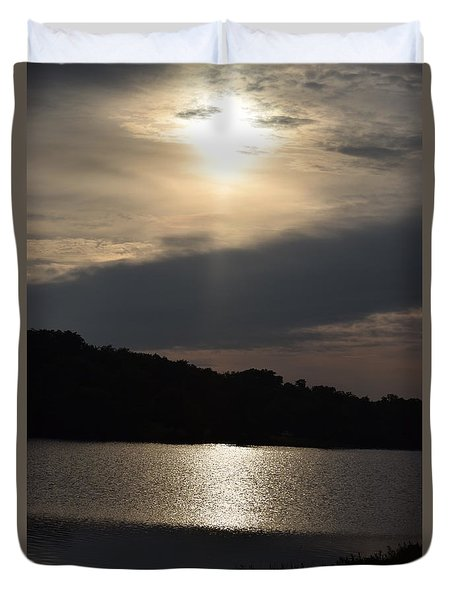 Duvet Cover featuring the photograph Lazy Day At The Lake by Mark McReynolds