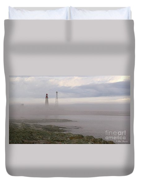 Le Guide. Duvet Cover