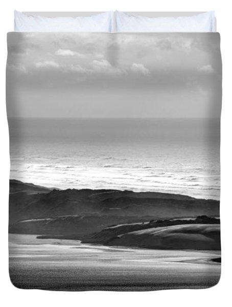 Light On The Dunes Duvet Cover