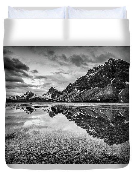 Light On The Peak Duvet Cover by Jon Glaser